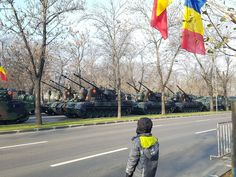 Kid watching Gepard`s at Romania`s national day military parade [1365x1024]