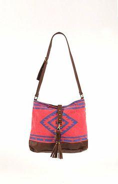 f9281e0eab5c Billabong Holy Juapa Reversible Bag at PacSun.com Summer Vacation Outfits