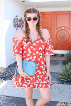 Lifestyle blogger Mollie Moore shares a summer look in Palm Springs. NYC fashion, outfit inspiration, summer fashion, style bloggers & street style, fashion ideas, street style summer, street style 2017, fashion blog, style blogger, style blogger summer.