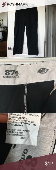 Men's Dickies black work pants EUC, men's Dickies work pants 874 original fit. Feel free to make an offer size 38x32 Dickies Pants