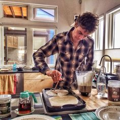 What foods fuel a man who completed the entire Appalachian Trail in 46 days? We spoke to ultrarunner and vegan Scott Jurek to find out.