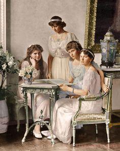 OTMA Four Daughters Romanov c1914. Tatiana Romanov, Anastasia Romanov, Alexandra Feodorovna, Czar Nicolau Ii, Romanov Sisters, Grand Duchess Olga, House Of Romanov, Tsar Nicholas Ii, Imperial Russia