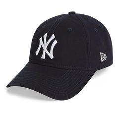 6debe5fb86b163 New Era Cap 'Core Shore - New York Yankees' Baseball Cap (£16