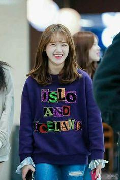 Kpop Girl Groups, Korean Girl Groups, Kpop Girls, Jung Chaeyeon, Choi Yoojung, Kim Sejeong, Jeon Somi, Girl Bands, South Korean Girls