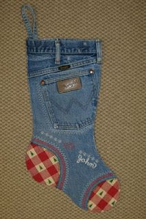 DIY denim stockings... now I have a project for all the old ripped jeans
