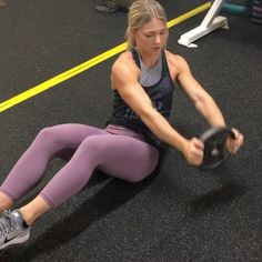 Try this weight plate ab circuit 3-5x through at the end of your next gym workout! #CPTfitguide