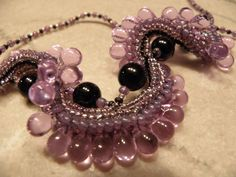 Go For a Spin pattern from Bead & Button Oct 11  beaded by Karla Krohn