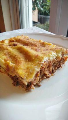 """Νόστιμη συνταγή μαγειρικής από """"Gogo -ΟΙ ΧΡΥΣΟΧΕΡΕΣ / ΗΔΕΣ"""" Υλικά 1,5 πακέτο κανελόνια 1,5 κιλό κιμα ελιά η φέτα 1 μεγάλο κρεμμύδι η δύο μέτρια 1 σκελίδα σκόρδο 1 μεγάλο καρότο τριμμένο στο τρίφτη στο χοντρό 1/3 φλιτζάνι Lasagna, Food And Drink, Pasta, Cooking, Ethnic Recipes, Greek, Foods, Drinks, Kitchen"""
