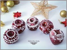 And here is the result 🍎☺ ***** A tu je výsledok 🍎☺ - medovniky_libusa Royal Icing, Xmas, Christmas, Cookie Decorating, Food Art, Crochet Earrings, Apple, Crafty, Fruit