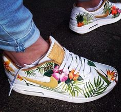160345132e33 Tropical White Nike Air max Floral Nikes