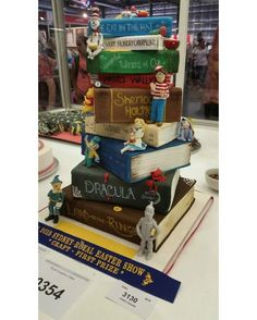 Book Cake!  #booksthatmatter #bookhugs #bloomingtwig #yourstory