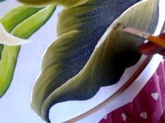 Pintura en tela hojas con cony - YouTube