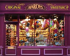 I don't generally like sweets but if I did, I'd have to go here: Hardys Original Sweet Shop - Speciality Shop in Bath.