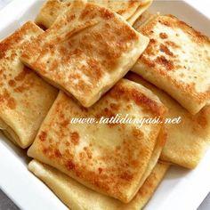 Krep Börek Malzemeler : 3 yumurta 2 su bardağı süt 2 su bardağı su 15 kaşık tepeleme un 1 fiske tuz 1 fiske şeker 1 çay kaşığı kabartma tozu Krep Börek Hazırlanışı : Yum