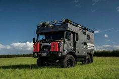 Expedition vehicle ideas are your foundation for your trip to take a lifetime experience. It is true that you don't choose your vacation but the vacat. Iveco 4x4, Off Road Camping, Offroader, Bug Out Vehicle, Expedition Vehicle, Mercedes, Vw T, Truck Camper, Motorhome