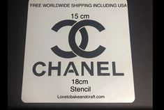 Chanelstencil Chanelcake Chanelcupcake Chanelcookies Fabulous Chanel stencil Everyone love all of our designer brand decorating stencils best used Cake Chanel, Chanel Cookies, Chanel Cupcakes, Cake Stencil, Stencils, Cake Decorating Tutorials, Cookie Decorating, Handbag Cakes, Purse Cakes