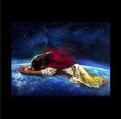 Jesus always pray for us