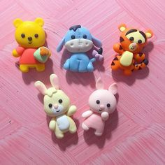 Baking Clay, Clay Figures, Polymer Clay Crafts, Clay Charms, Winnie The Pooh, Smurfs, Biscuit, Fondant, Safari