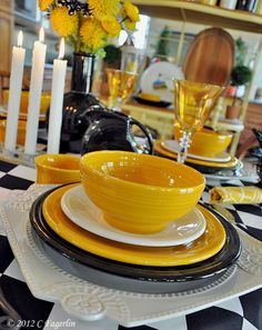 Beautiful Fiestaware table setting from The Little Round Table Fiesta Kitchen, Table Place Settings, Yellow Table, Mellow Yellow, Bright Yellow, Kitchen Decor, Kitchen Tools, Kitchen Ideas, Tablescapes