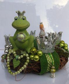 Adventskranz - Adventskranz - Froschkönig - ein Designerstück von kunstbedarf24 bei DaWanda