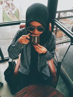 Coffee Latte // Saya suka kopi latte tapi tidak diminum saat panas.