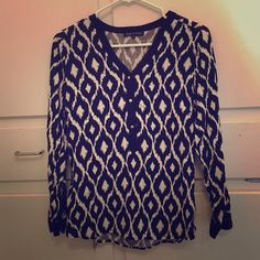 Black and white ikat shirt I bought this shirt on poshmark and LOVED IT!  I recently had surgery and now am popping out of it and need to rehome it. Violet & Claire Tops Blouses