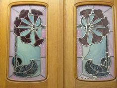 Maison Bergeret (1904), Vitrail de la porte donnant sur les chambres - 2 rue Lionnois, Nancy (54) | Flickr: partage de photos!