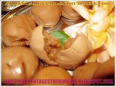 ΣΟΚΟΛΑΤΑΚΙΑ ΥΠΟΒΡΥΧΙΟ!!! Πανευκολα σοκολατακια,γρηγορα με την αγαπημενη γευση της βανιλιας υποβρυχιο!!! Δοκιμαστε τα ειναι φανταστικα...by nostimessyntagesthsgwgws.blogspot.com Greek Sweets, Easy Desserts, Truffles, Cucumber, Vegetables, Ethnic Recipes, Food, House, Ideas