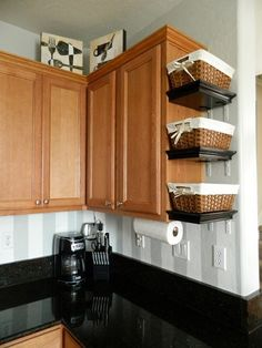 99 Genius Apartement Storage Ideas For Small Spaces (61)