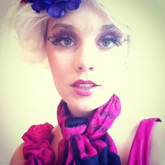 Effie Trinket makeup from the Hunger Games. Look at those eyelashes! - 10 Effie Trinket Cosplays