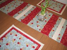 table runner w/placemats