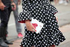 Clutch by @Urania Gazelli. Milan Fashion Week #streetstyle #mfw #runin2mfw #pois