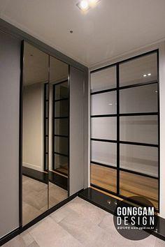 23 ideas for design furniture steel interiors Modern Entrance, Entrance Design, Door Design, House Design, Interior Architecture, Interior Design, Steel Doors, Apartment Interior, Portfolio Design