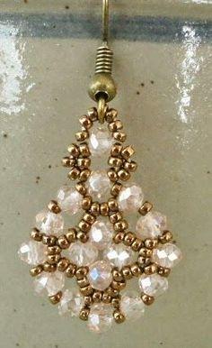 Linda's Crafty Inspirations: Free Mini-Tutorial: Simple Earrings Variation Seed Bead Jewelry, Bead Jewellery, Seed Bead Earrings, Simple Earrings, Hoop Earrings, Seed Beads, Wire Jewelry, Fuse Beads, Jewelry Findings