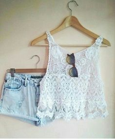 lace top and summer shorts how cute is that!!