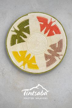 handmade sisal basket from Tintsaba in Swaziland, Africa Tapestry Crochet, Contemporary Jewellery, Sisal, Wood Turning, Bunt, Diy And Crafts, Weaving, Basket, African