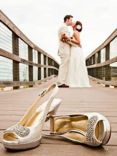 bride and groom portrait - Cute!