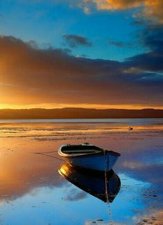 Landscape Photos, Landscape Art, Landscape Paintings, Sailboat Art, Nautical Art, Old Boats, Seascape Paintings, Water Crafts, Beautiful Sunset