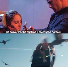 ~Divergent~ ~Insurgent~ ~Allegiant~ The sky isn't bile colored. Divergent Fandom, Divergent Trilogy, Divergent Insurgent Allegiant, Divergent Quotes, Insurgent Quotes, Divergent 2014, Tris And Tobias, Tris And Four, Tris Et Quatre