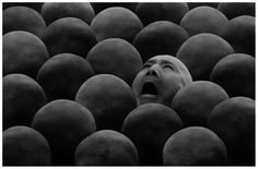 Misha Gordin - New Crowd #62, 2004