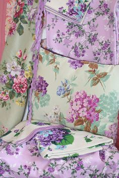 Vintage Home - Lovely florals.