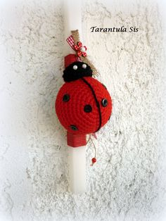 Easter candle with crochet ladybug. Πασχαλινή λαμπάδα με πλεκτή πασχαλίτσα. Crochet Ladybug, Crochet Panda, Easter Crochet, Diy And Crafts, Arts And Crafts, Baptism Candle, Easter Crafts, Crochet Projects, Crochet Earrings