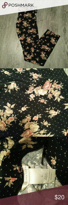 Floral Cotton Leggings EUC! Super cute and comfy! LC Lauren Conrad Pants
