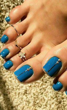 Toe nail art designs Toe nail art design ideas for summer spring Blue Toe Nails, Pretty Toe Nails, Blue Toes, Feet Nails, Pretty Toes, Gorgeous Nails, Beautiful Toes, Pedicure Designs, Manicure E Pedicure