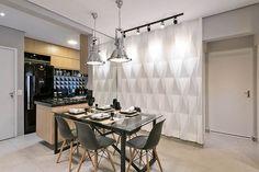 Reforma Completa Trouxe Mais Personalidade Ao Apartamento:http://www.revistahabitare.com.br/projetos/reforma-completa-trouxe-mais-personalidade-ao-apartamento/