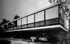 Casa Catan, México D.F. 1950.  Teodoro González de León
