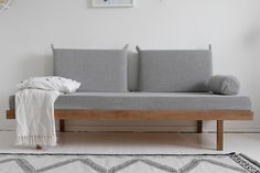 DIY laverisänky sohvaksi