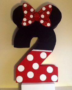 Piñata de Minnie Mouse. Piñata de números. Minnie por aldimyshop