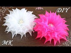 Flores de organza. Arcos da escola de fantasia. Kanzashi DIY - YouTube Organza Flowers, Kanzashi Flowers, Lace Flowers, Felt Flowers, Fabric Flowers, Kanzashi Tutorial, Ribbon Flower Tutorial, Ribbon Art, Diy Ribbon
