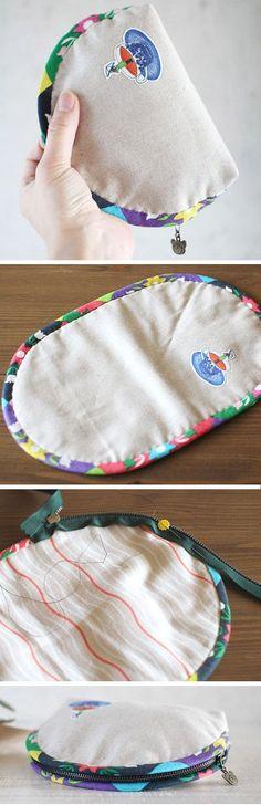 """Dumpling"" type Pouch / Cosmetic Zipper Bag. DIY Tutorial in Pictures. http://www.handmadiya.com/2015/10/dumpling-zip-pouch-tutorial.html"